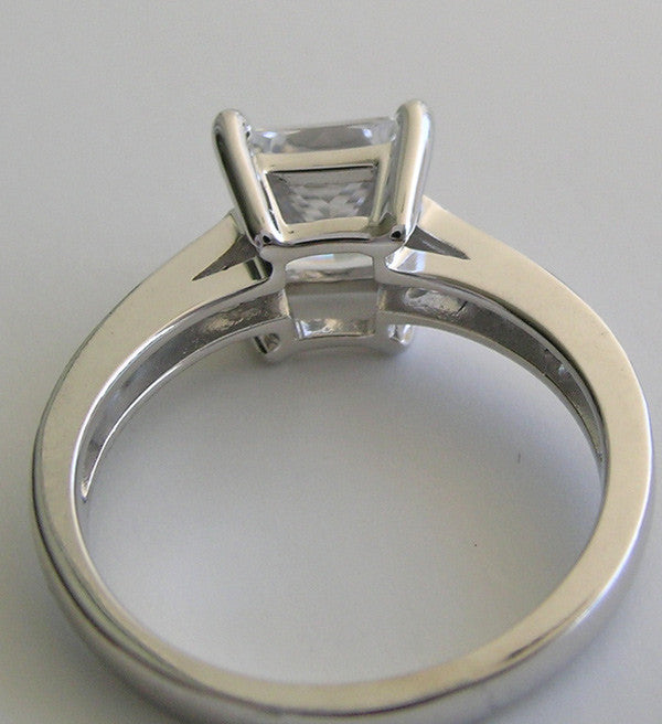 ELEGANT PRINCESS CUT DIAMOND RING SETTING