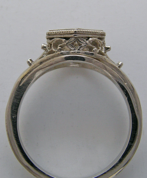 Gold Antique ring Setting With Floral Design