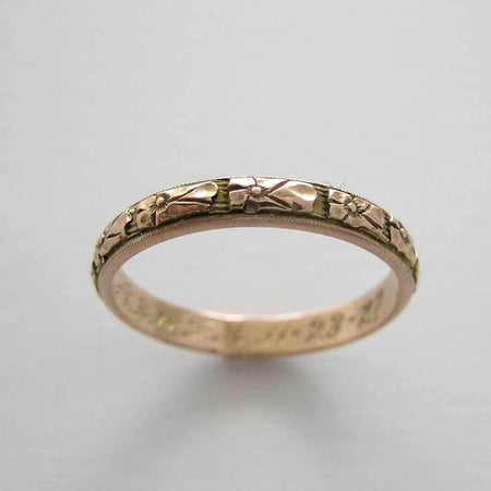 Antique gold hand etched wedding ring circa 1927