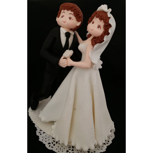 personalized wedding cake toppers bride and groom groom unique wedding cake topper wedding figurine 18282