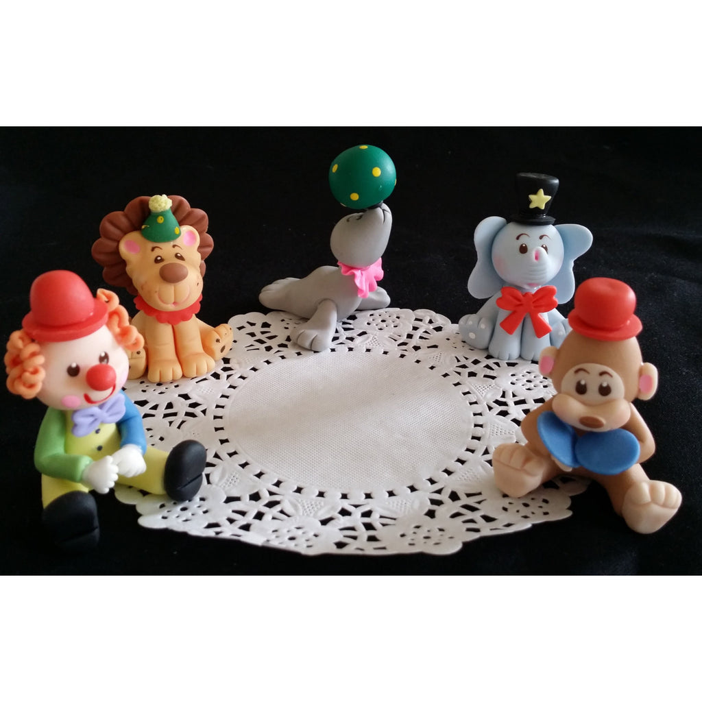 Circus Set With Clown Lion Elephant And Monkey Party Decorations 5pcs