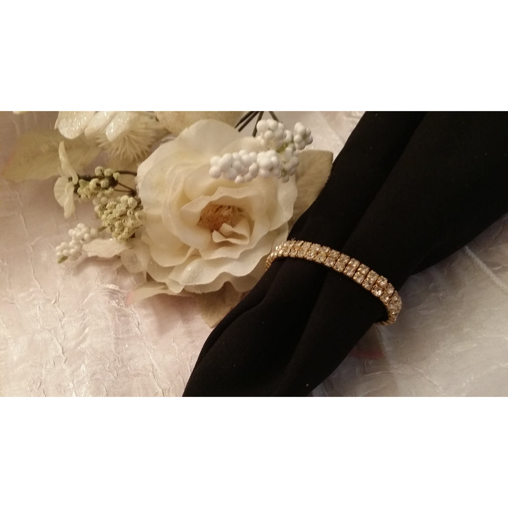 Gold Napkin Ring with Rhinestones For Wedding and Holidays Table Decorations - Cake Toppers Boutique