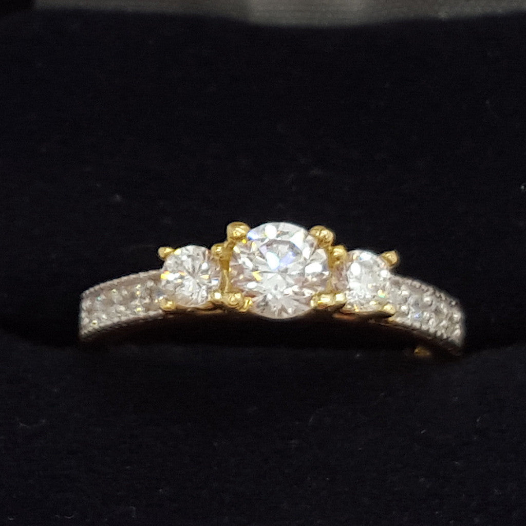 10k Yellow Gold Round Shape Triompha Cubic Zirconia (CZ) Women Ring