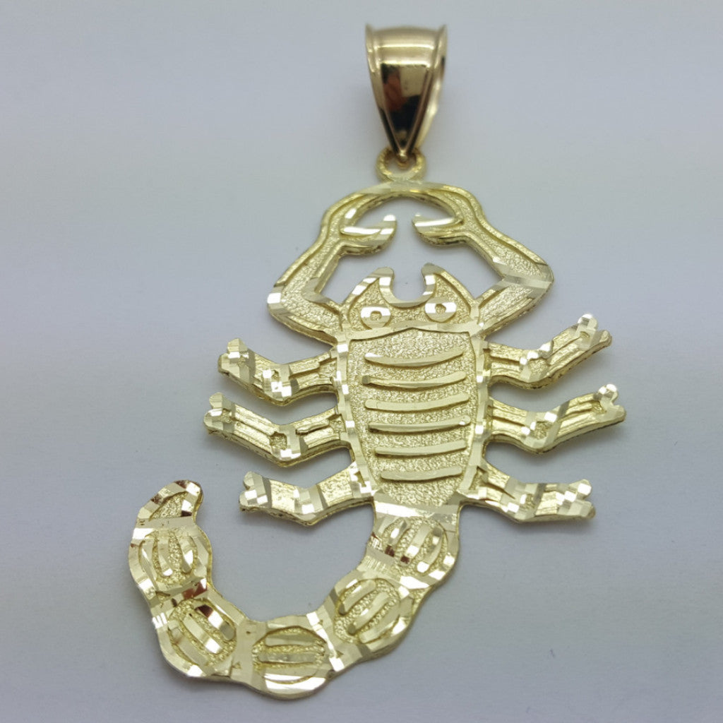 Scorpio 10K Yellow Gold 4.01 Gr Men Pendant - Solid Gold Online