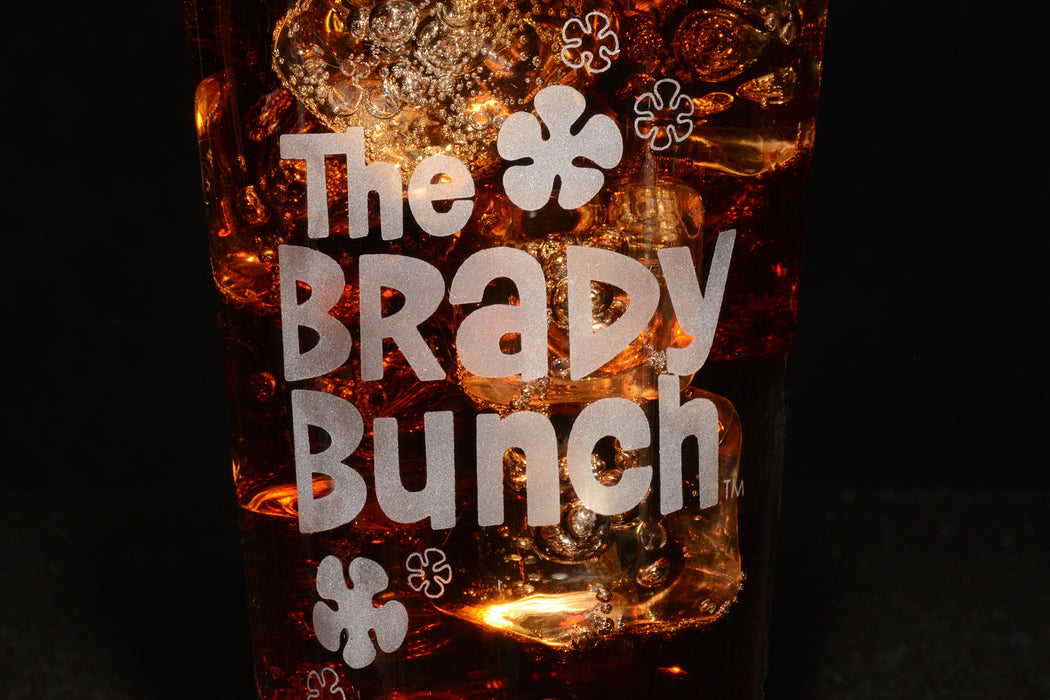 Premium Etched The Brady Bunch Engraved Logo Pint Glass 16 Ounces