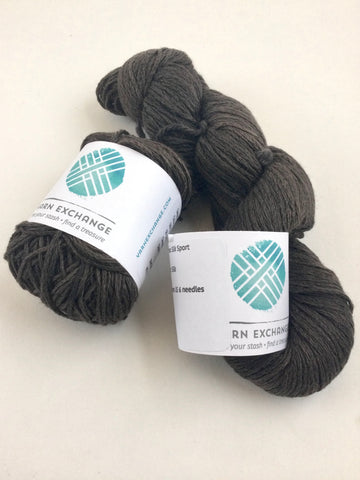 Swan's Island Natural Colors Merino Silk Sport (Color: Slate Lot: 120)
