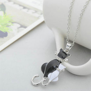 Fashion Silver Plated Black Cat White Cat Pendant Chain Necklace Jewelry Charm