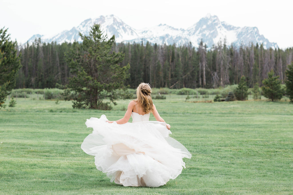 Rustic Idaho Wedding Shoot in Stanley, Idaho // featuring Local Boise Artisans and Tarnished & True Bridal Jewelry
