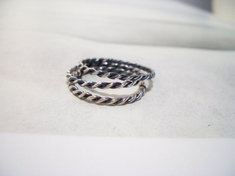 Simple Silver Twist Ring