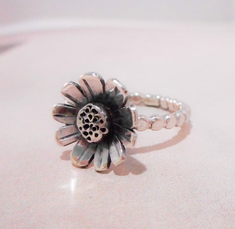 Daisy // Wildflower Ring // Sterling Silver