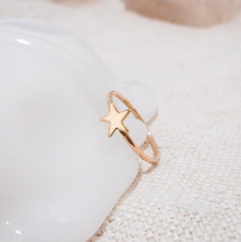 Gold Star Ring // Solid 14k Gold