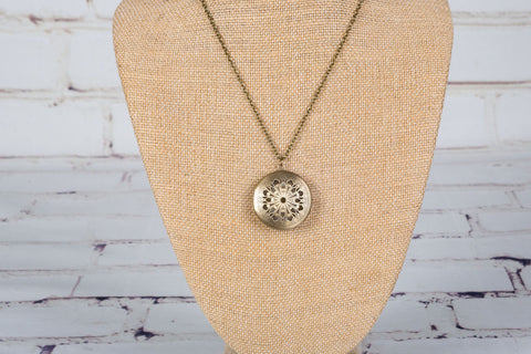 Personal Diffuser Necklace - Bronze Flower