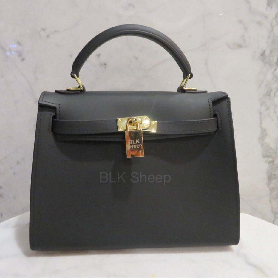 Blk Sheep BIKI 25 Matte Black vegan jelly tote bag