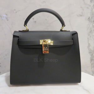 BLK Sheep Biki 25 matte black vegan bag