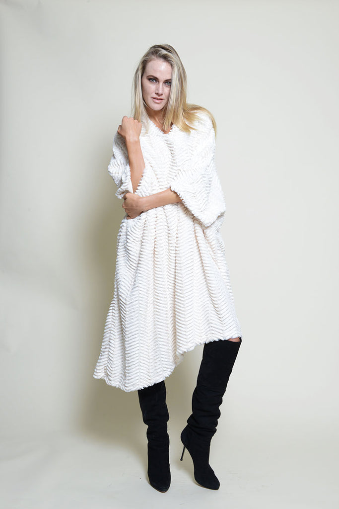 PONCHO DRESS SNUGGLE