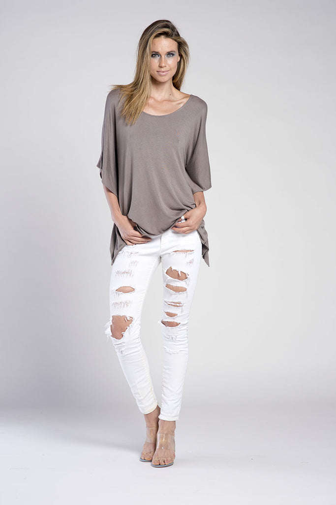 APPLE 3/4 SLEEVE SCOOP NECK TOP