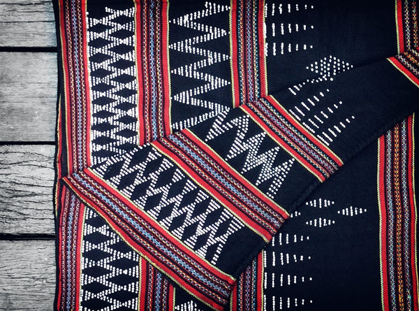 Vintage Katu Throw in Black & Red (Limited edition no.3)