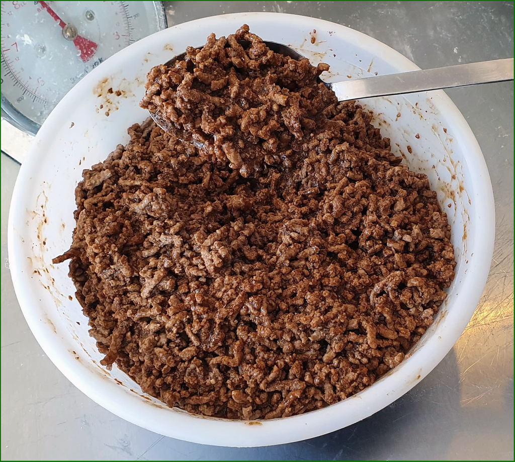Sally Jane's finished minced beef ready for pie making