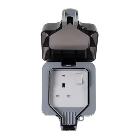 BG Nexus Storm Weatherproof 13a 1 Gang Switched Socket