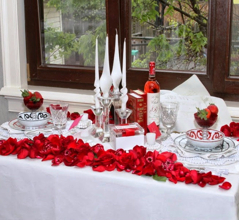 Heartening Valentine's Day Dinner Tables We Love