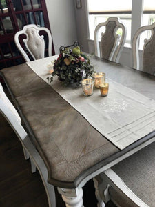 Crown Wreath Table Runner