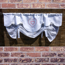 Load image into Gallery viewer, Heart Tie Up Valance