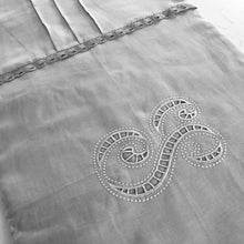 Load image into Gallery viewer, Custom Bed Runner 100% linen Cutwork Personalised Embroidery Monogram Scalloped Lace, Super king