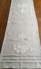 Load image into Gallery viewer, Table Runner - Bespoke Monogram Table Runner Natural Linen Crown Wreath