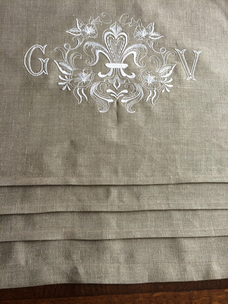 ... Table Runner   Linen Fleur De Lis Table Runner With 2 Letter Monogram  ...