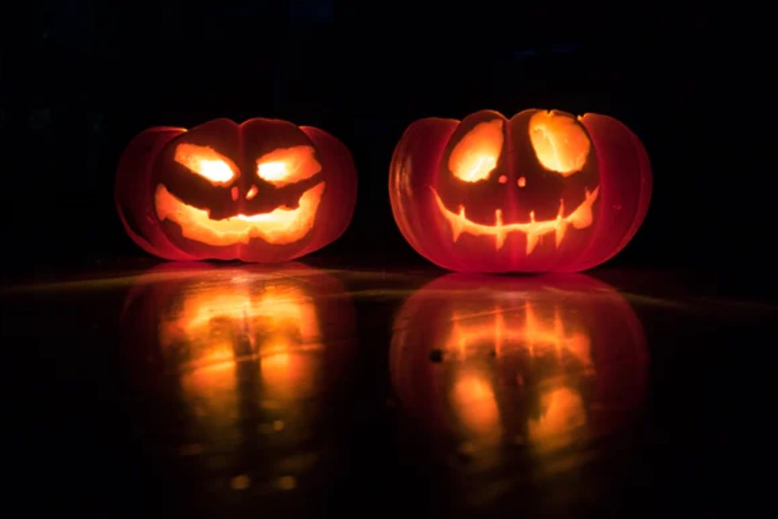 SPOOKIEST HALLOWEEN IDEAS TO AWAKEN THE HALLOWEEN SPIRIT