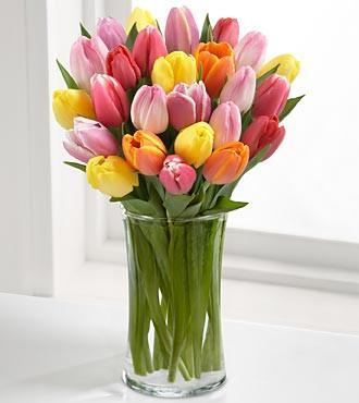 10 Mixed Tulips In Glass Vase - from Best Flower Delivery in India