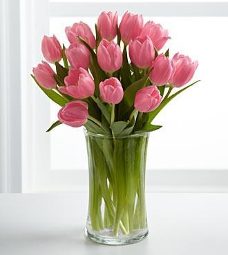 10 Pink Tulips In Glass Vase - for Flower Delivery in India