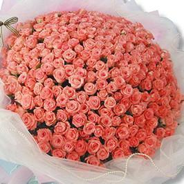 100 Pink Roses Premium Bouquet - Send Flowers to India