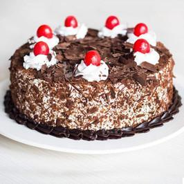 Black Forest Cake 1 Kg - for Midnight Flower Delivery in India