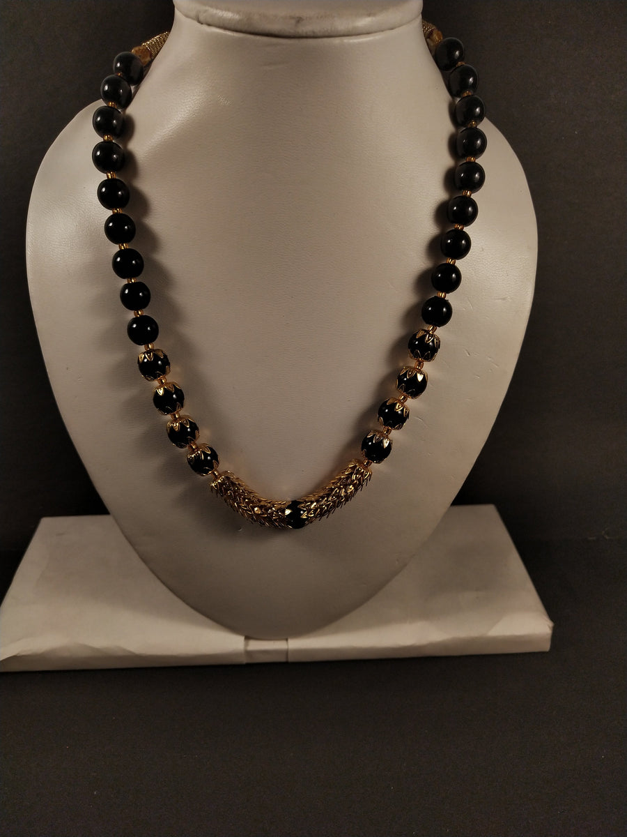 Black Bead Adorned Necklace - for Midnight Flower Delivery in India
