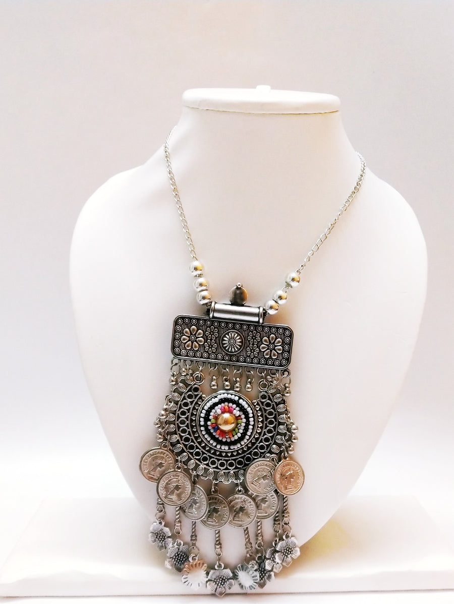 Necklace for Dresses - Send Flowers to India