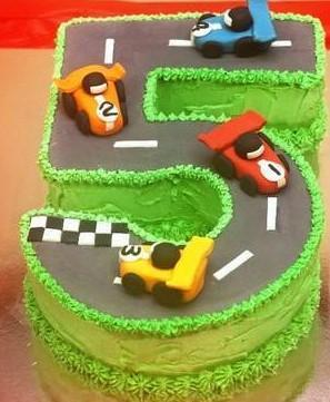 Racing Kids Cake - for Online Flower Delivery In India