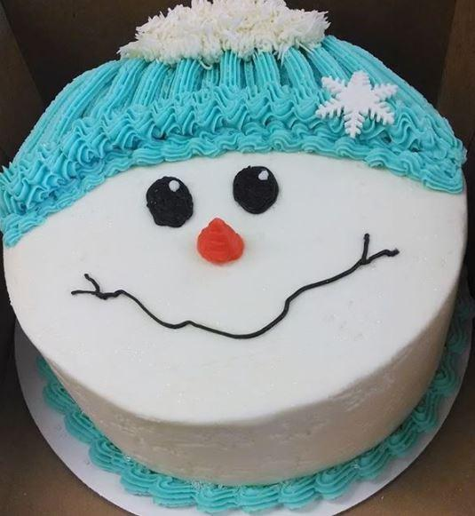 Amazing Christmas Cake - for Midnight Flower Delivery in Category | Cakes | Christmas Cakes