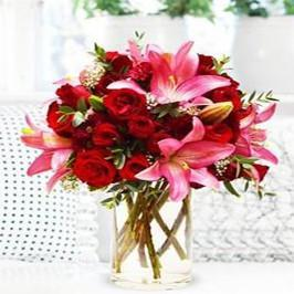 Roses and Lilies - for Online Flower Delivery In India