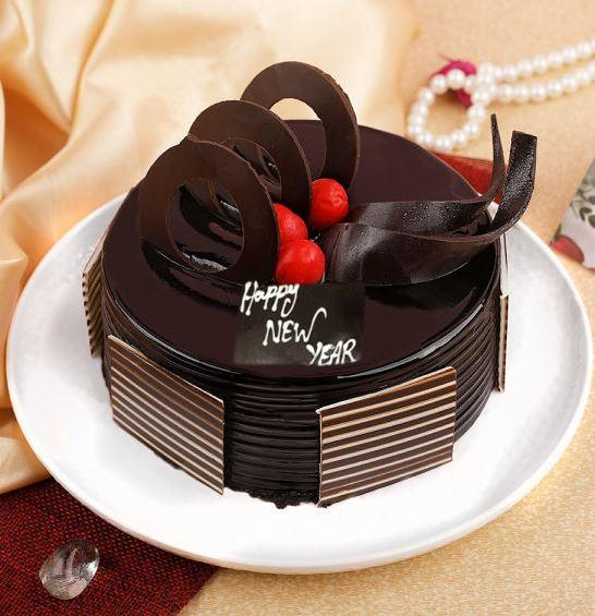 Cake For New Years Eve - for Midnight Flower Delivery in India