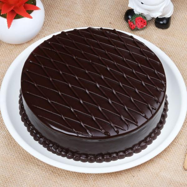 Dutch Chocolate Truffle Cake - for Flower Delivery in India