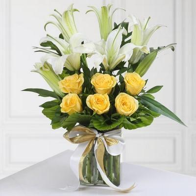 My Light Of The World-beautiful yellow and white flowers bouquet - from Best Flower Delivery in India