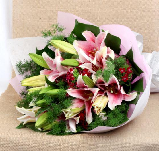 Pink Jubilee - for Midnight Flower Delivery in India