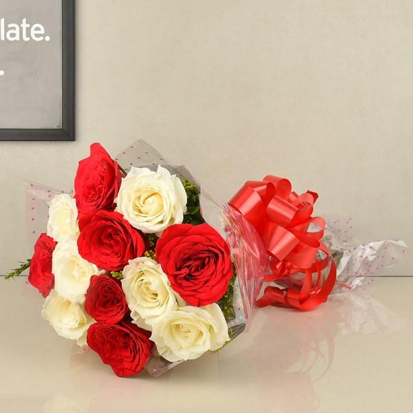 Smooth Sweety-white and red rose flower bouquet - for Midnight Flower Delivery in India
