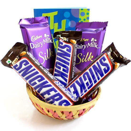 Snickers Love Basket - Send Flowers to Chocolate Hampers
