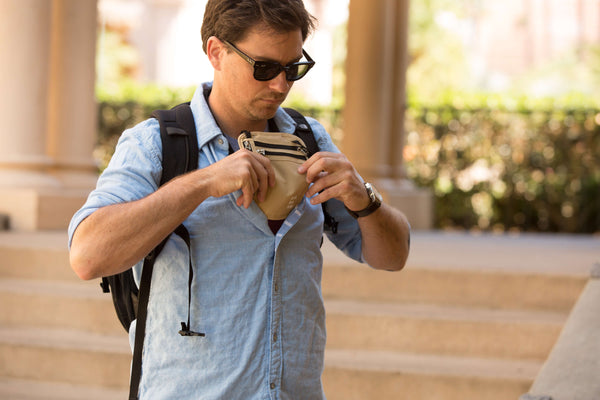 How to avoid pick pocketing while traveling