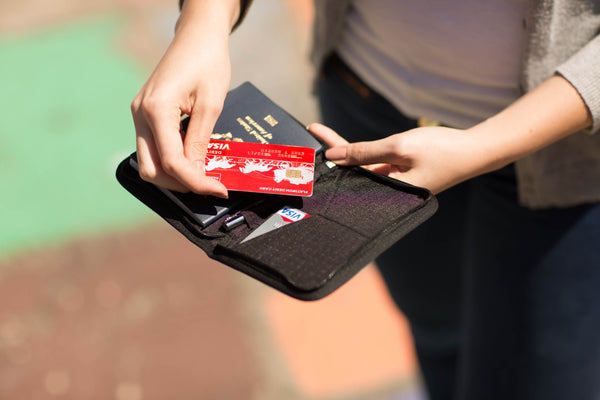 Use credit cards while traveling
