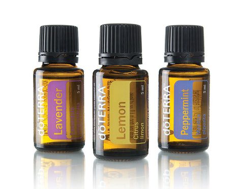 Beginners Trio This kit includes: • Lavender (15 mL) • Lemon (15 mL) • Peppermint (15 mL)