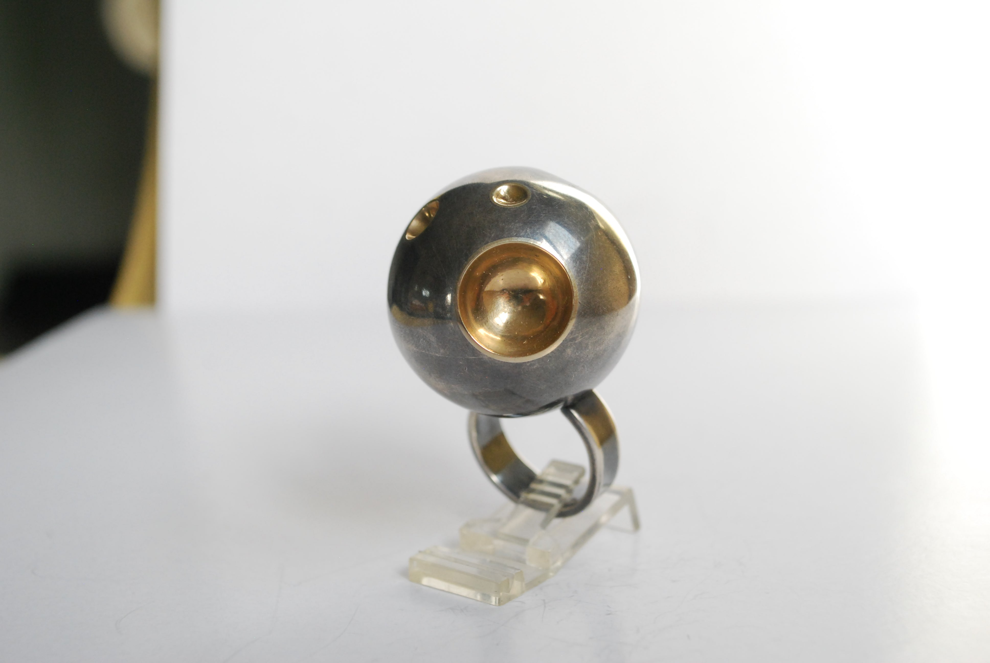 over-sized planet ring 14k gold
