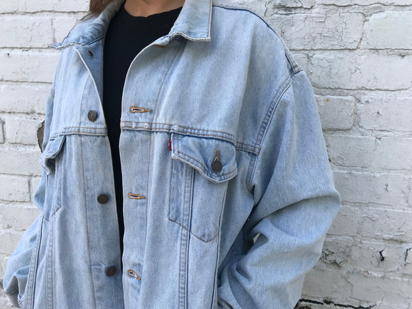 Vintage Levi Oversized Unisex Light Blue Denim Jacket